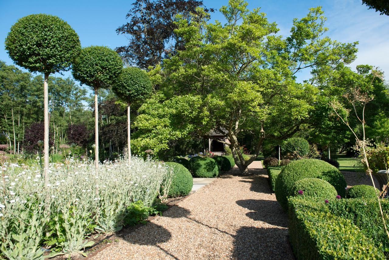 Garden Designers Berkshire