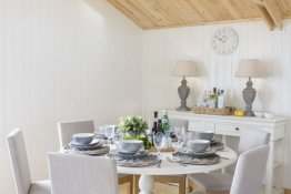 Pavilion Garden Room Dining Table
