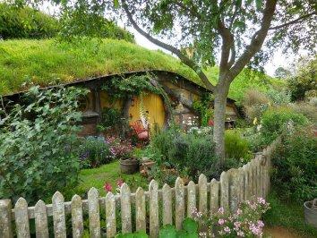 strange garden buildings - hobbit house