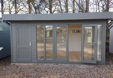 This dual functioning 3.6 x 4.8m Salthouse Studio with Partition is now available with 20% off