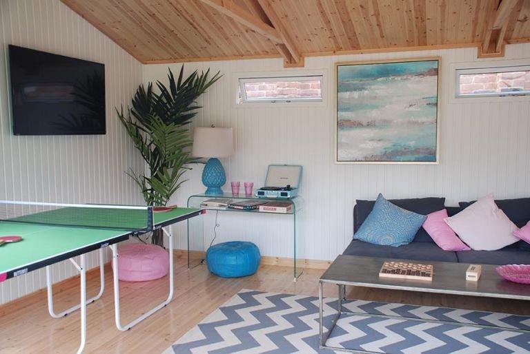 4.2 x 5.4m Burnham Studio