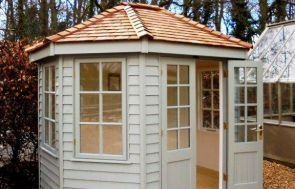 Wiveton Summerhouse in Farrow & Ball