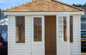 Cley Summerhouse with Weatherboard Cladding