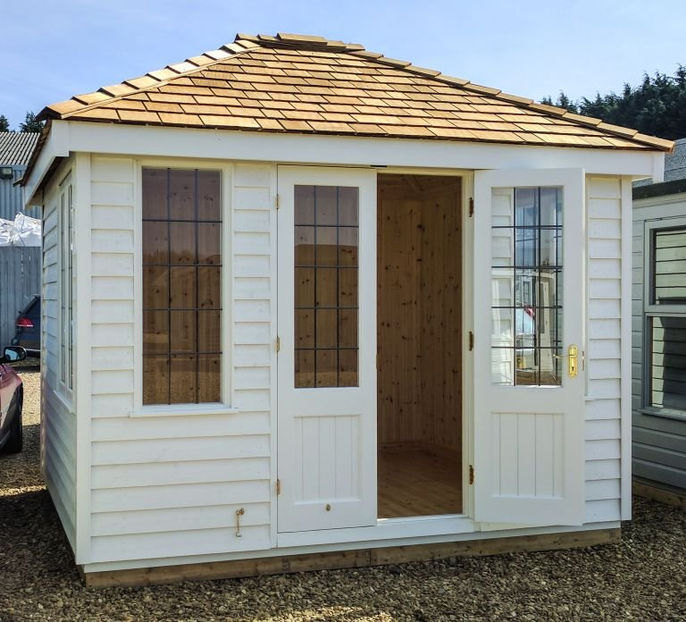 Cley Summerhouse with Insulation