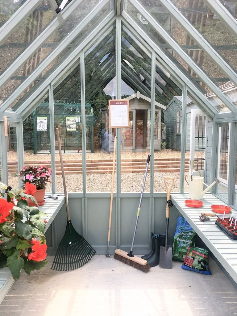 Greenhouse with Slatted Benches