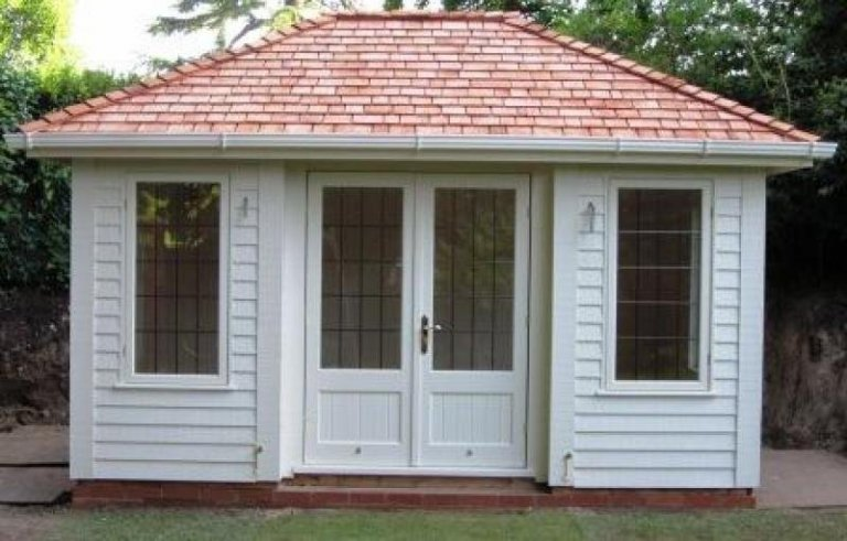 Luxury Garden Room - Loughborough
