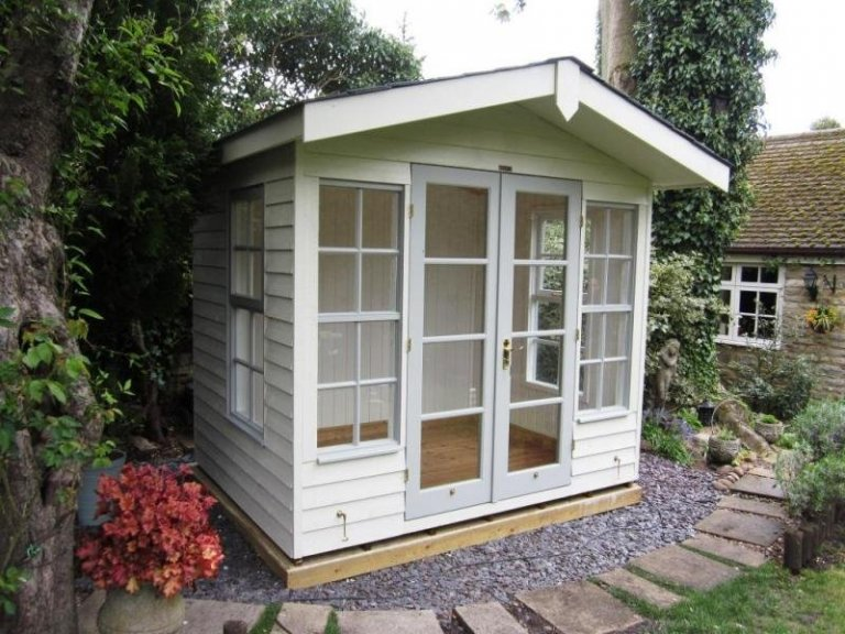 Blakeney Summerhouse - Milton Keynes