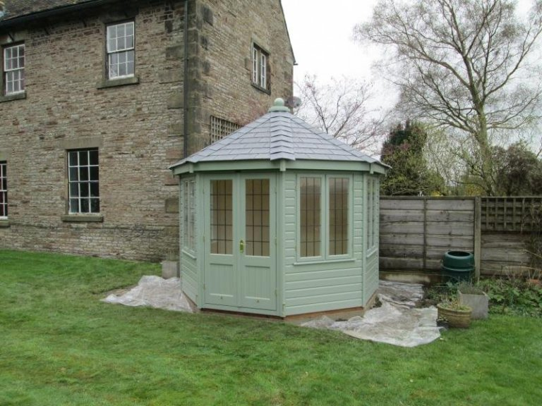 Summerhouse in Andover