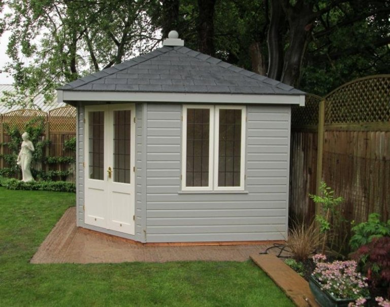 Weybourne Summerhouse - Berkshire