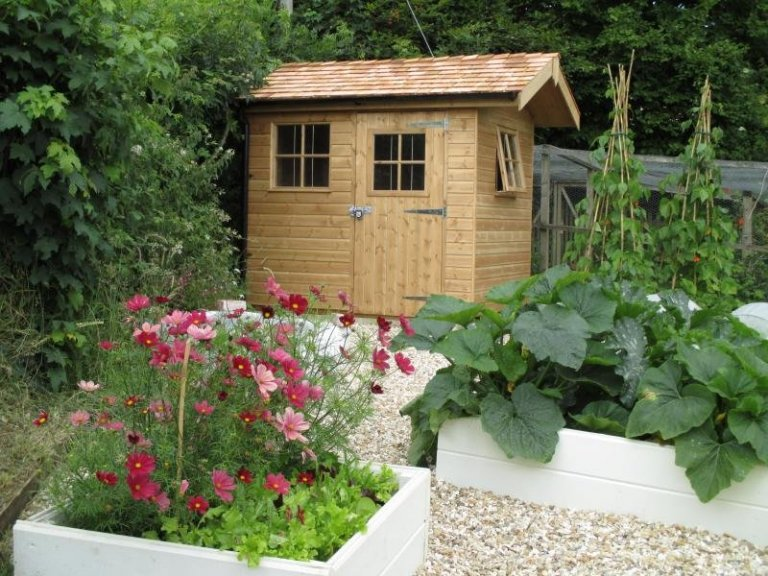 Garden Shed with Roof Overhang - Nottingham