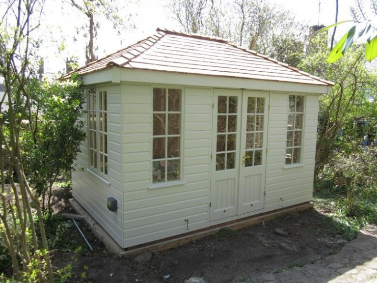 Cley Summerhouse with Georgian Windows - Witney
