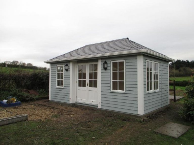 Garden Room with Corner Boards - Bolsterstone