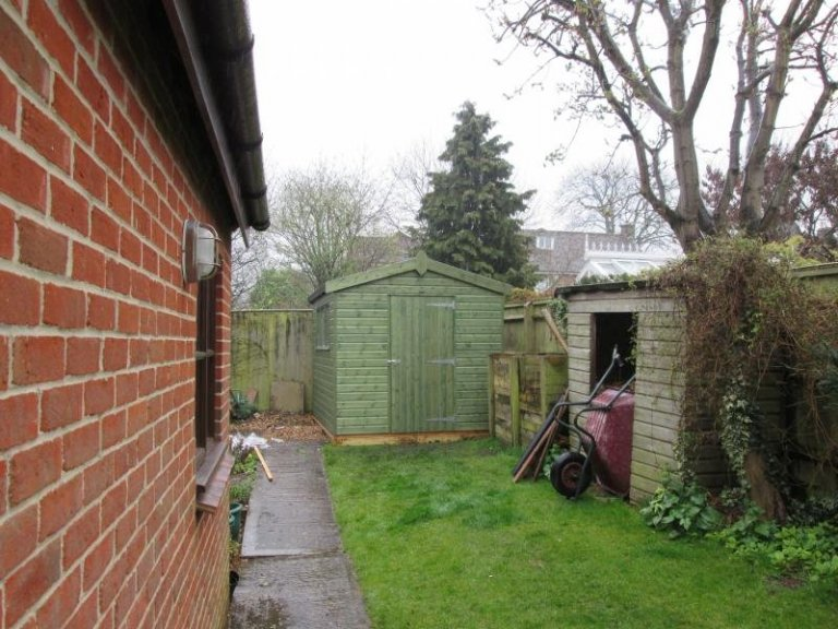 Superior Shed with Workbench - Letcombe Regis