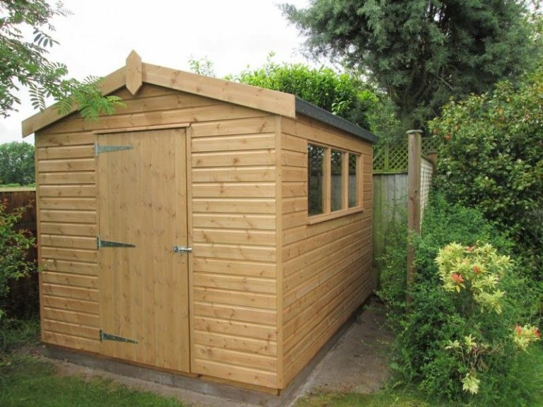 Simple Superior Shed with a Workbench - Fradley