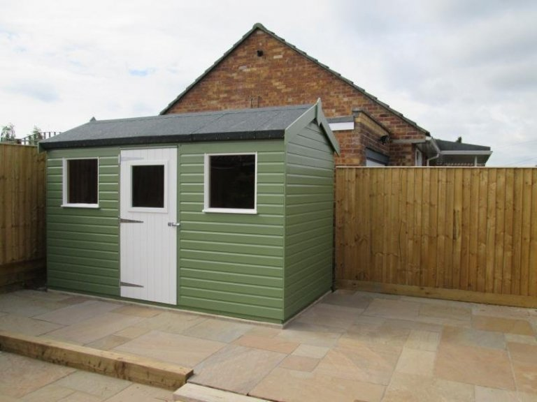 Superior Shed in Two Paint Colours - Monks Risborough