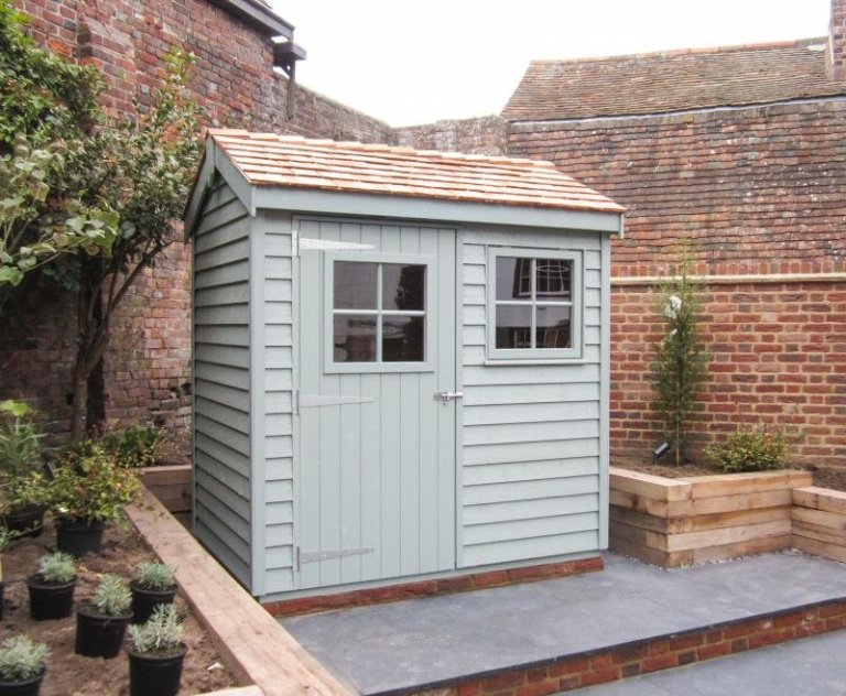 Small Superior Shed with Georgian Windows - Rye