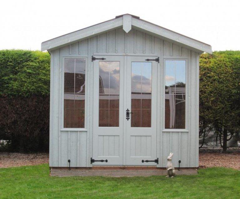 National Trust Traditional Summerhouse - Chaddesden