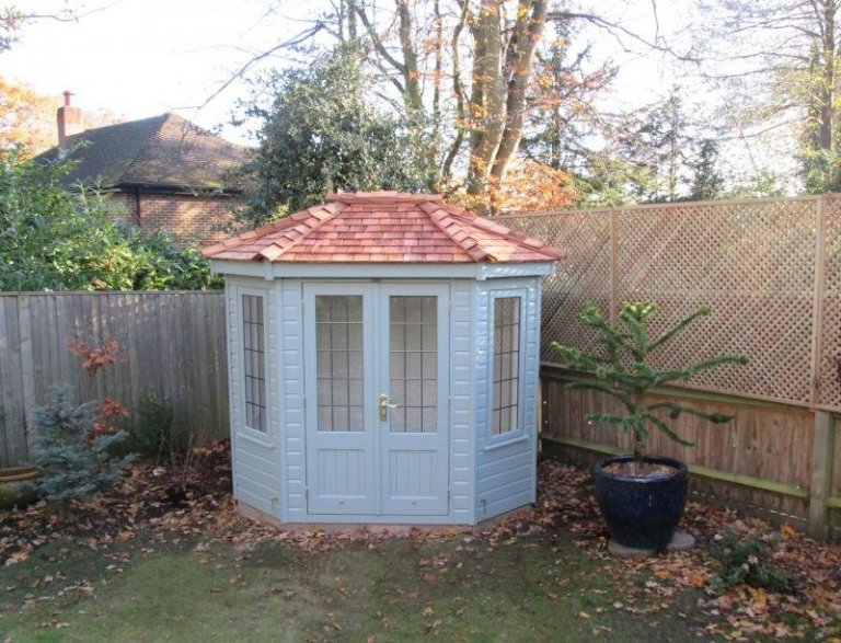 Wiveton Summerhouse with Full Insulation - Egham