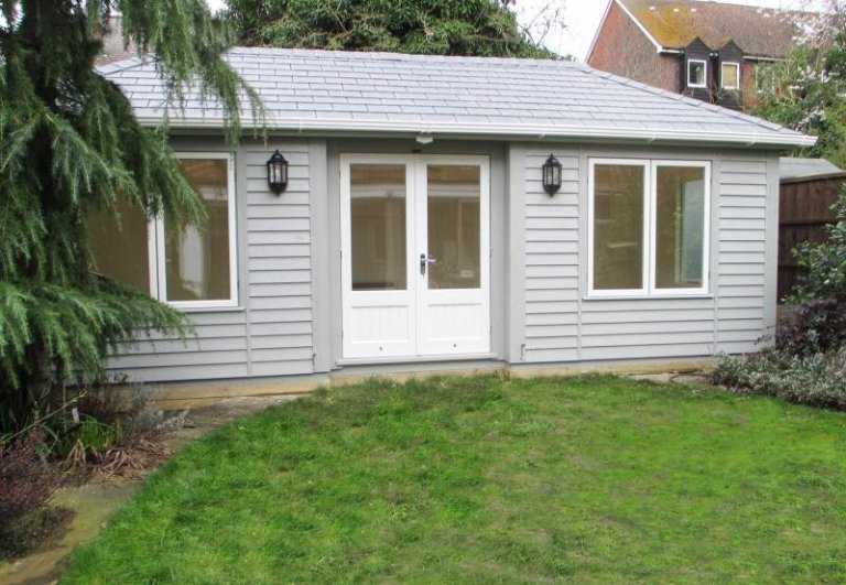 Garden Room with a Hipped Roof - Chiswick
