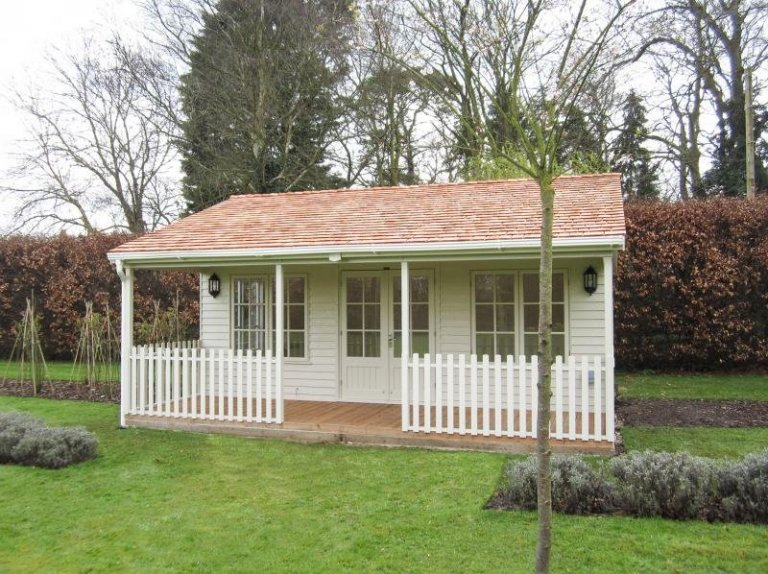Garden Room with 1.8m Deep Veranda - Twyford
