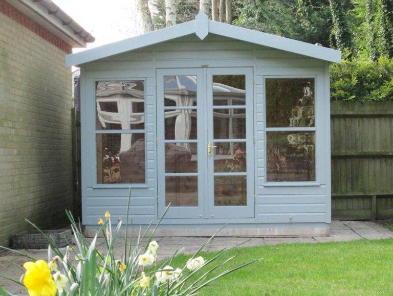 Blakeney Summerhouse with No Lining - Englefield Green
