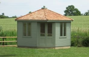 Weybourne Summerhouse in Lizard