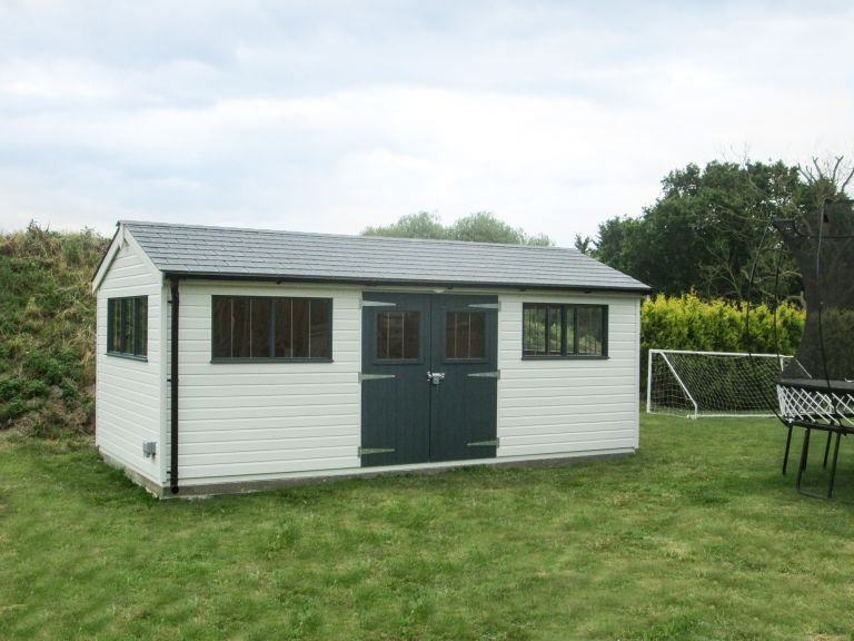 Superior Shed with a Heater