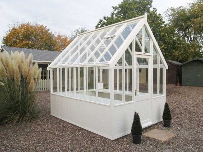 Timber Greenhouse - 2.4m x 3.0m (8ft x 10ft)