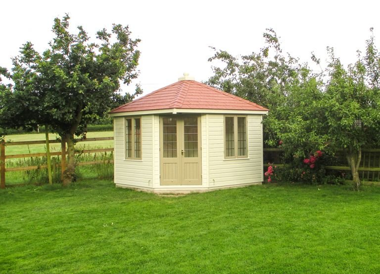 Two-toned Weybourne Summerhouse