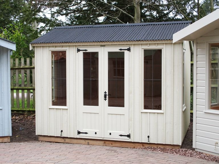 National Trust Lavenham Summerhouse  - 2.4m x 3.0m (8ft x 10ft)