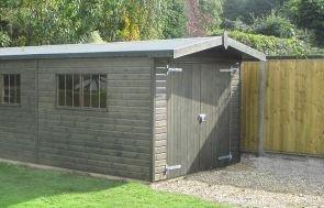 Garage - Overhang