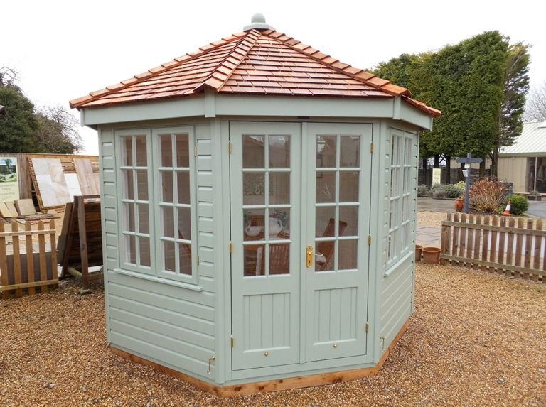 Wiveton Summerhouse in Exterior Paint System Lizard