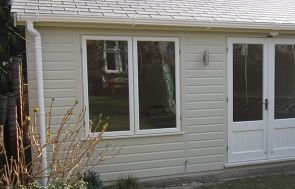 Apex Garden Room - White Guttering