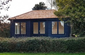 Garden Room in Valtti Black