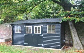 Superior Shed in Valtti Black