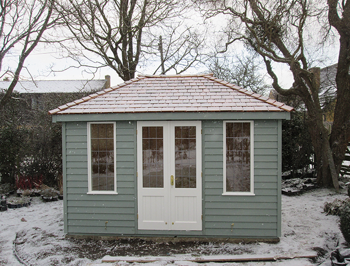 Cley Summerhouse in Valtti Sage and Ivory