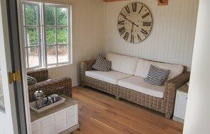 Pavilion Garden Room