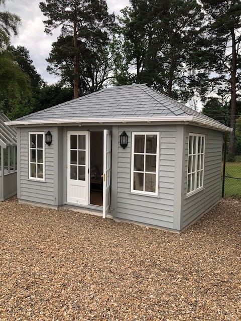 Pebble Painted Garden Room
