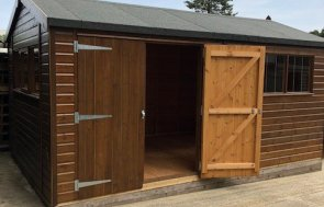 Superior Shed in Sikkens Walnut