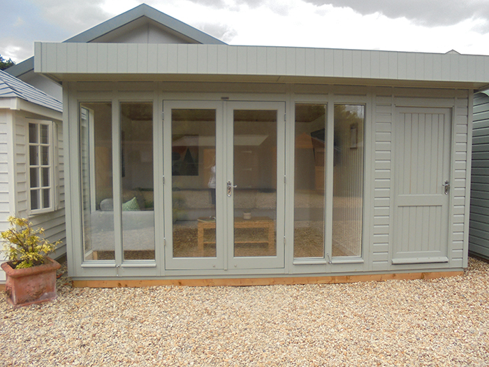3.0 x 4.8m Salthouse Studio in Farrow & Ball Pigeon