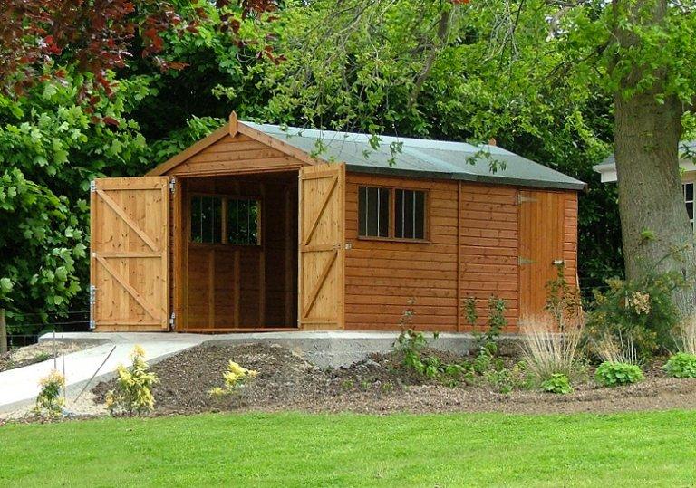 3.0 x 6.0m Garage in Teak with double door