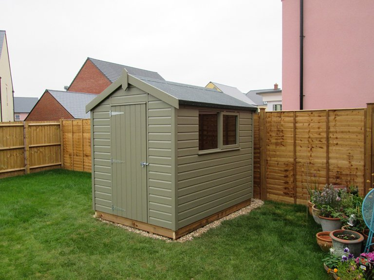 Classic Shed Stone measuring 1.8 x 2.4m