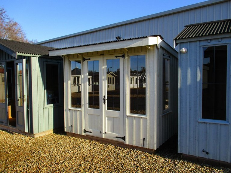 Flatford National Trust Summerhouse - 1.8m x 2.4m (6ft x 8ft)