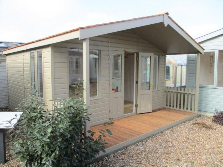 Brighton Morston Summerhouse Display Building