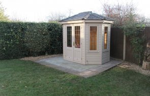 Octagonal Summerhouse with Insulation