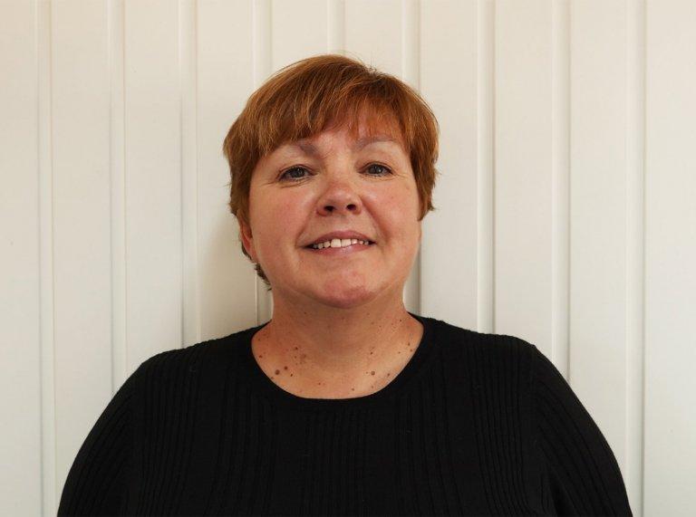Karen<br/> Sales Consultant