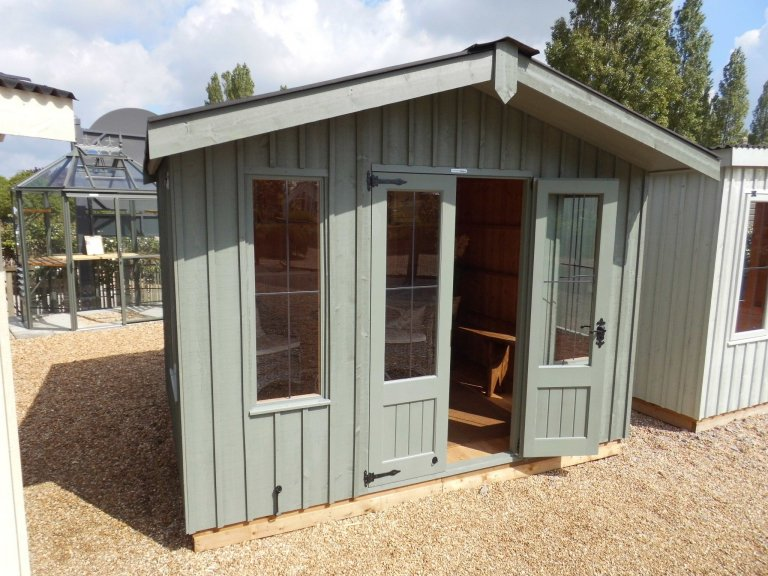 National Trust Ickworth Summerhouse  - 3.0m x 2.4m (10ft x 8ft)
