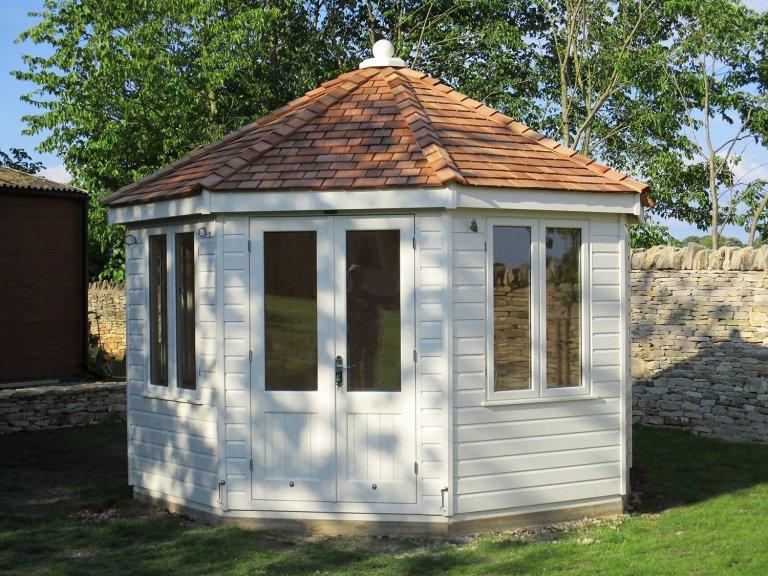 Octagonal Summerhouse in Farrow & Ball Paint