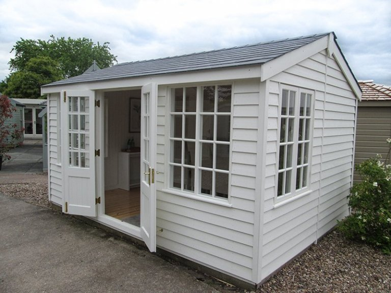 Holkham Summerhouse at Nottingham Showsite with open doors painted in Cream