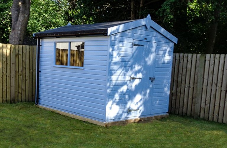 Superior Garden Shed in Glasgow Scotland in Sundrenched Blue